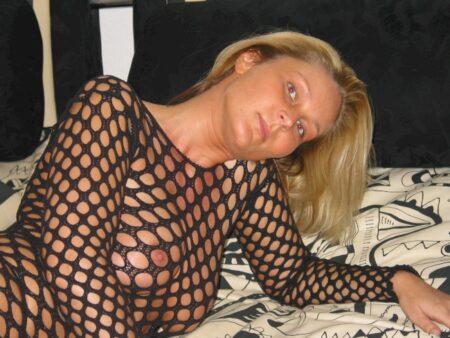 Femme infidèle sexy sur la Creuse pour du réel